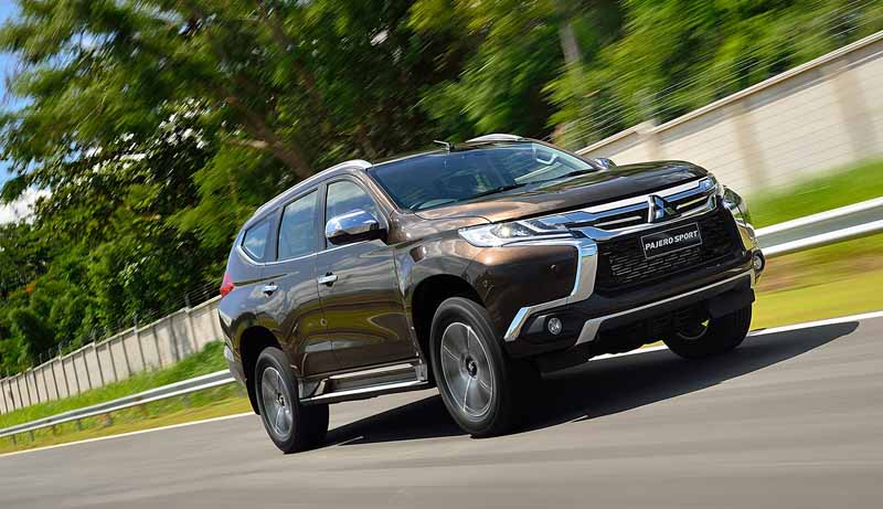 mitsubishi-motors-the-worlds-first-showing-off-the-new-mid-size-suv-pajero-sport-in-thailand20150801-1