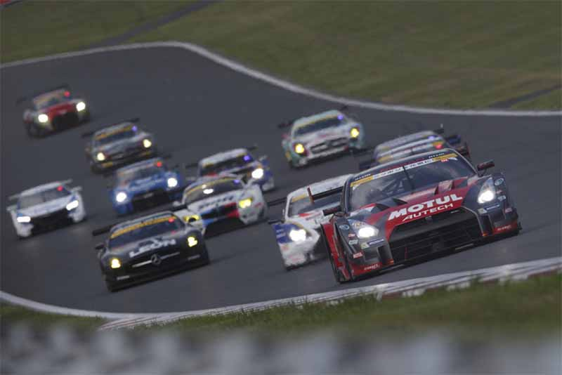 nissan-aim-to-gt-r-biased-4-game-winning-streak-in-the-2015-super-gt-round-5-intense-heat-of-marathon201508191