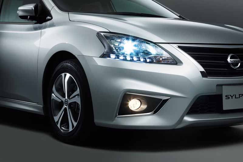 nissan-introduces-special-specification-car-of-sylphy-the-s-touring20150824-5