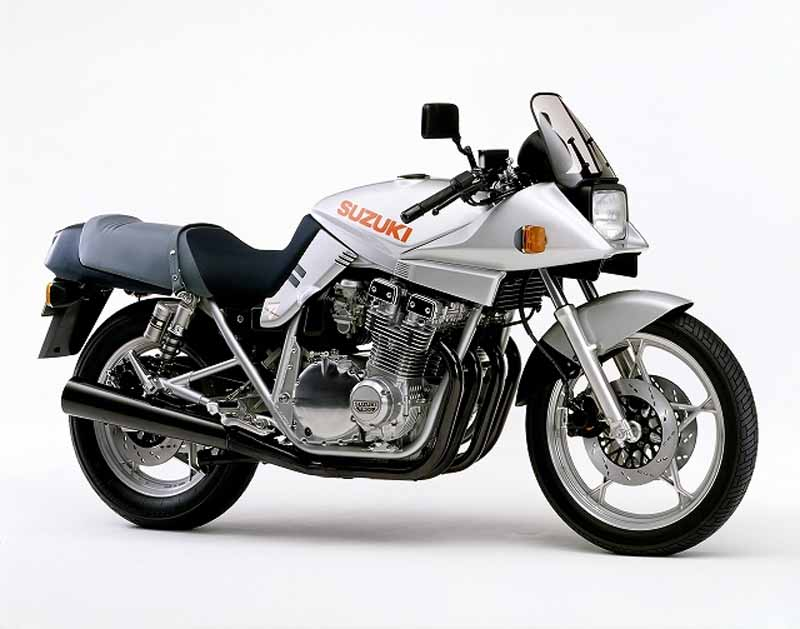 old-car-out-of-print-car-want-to-active-duty-rider-riding-survey-1-is-suzuki-gsx1100s-katana20150819-1