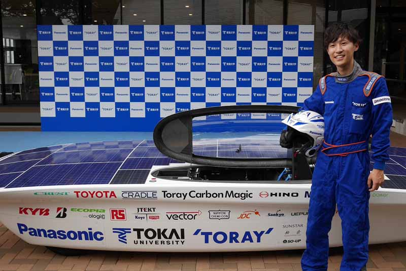 panasonic-and-support-the-tokai-university-to-challenge-the-largest-solar-car-race-of-the-world20150828-4