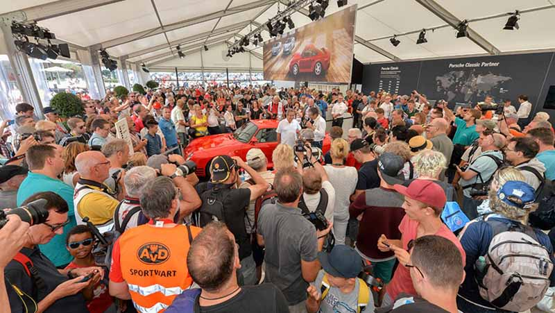 porsche-to-celebrate-the-959-birth-30th-anniversary-at-old-timer-grand-prix-201520150811-1