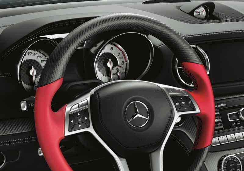 presentations-and-limit-the-mercedes-benz-sl-350-mille-miglia-417-20-units20150820-10