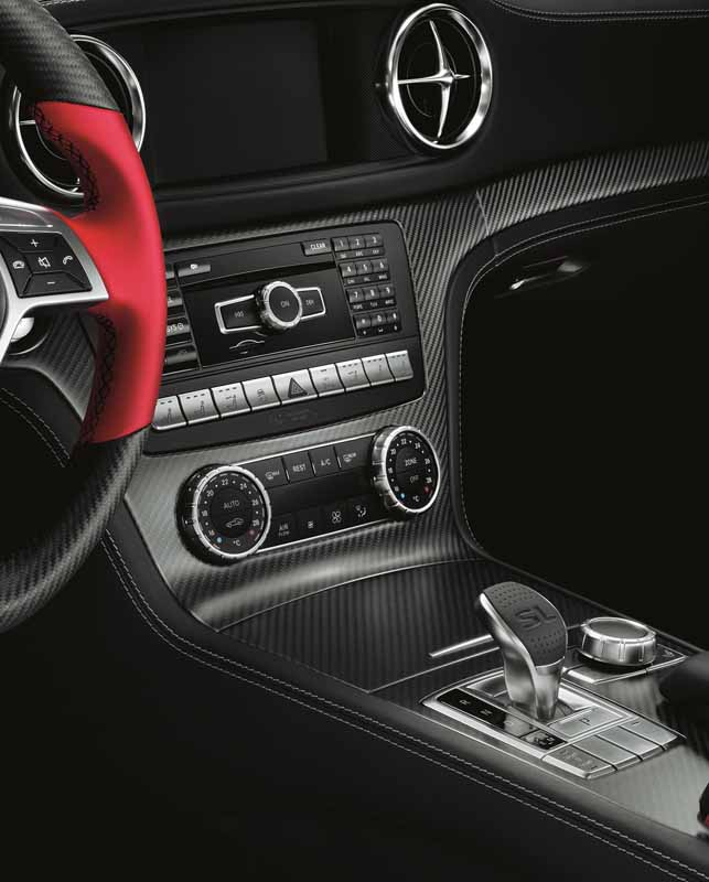 presentations-and-limit-the-mercedes-benz-sl-350-mille-miglia-417-20-units20150820-11