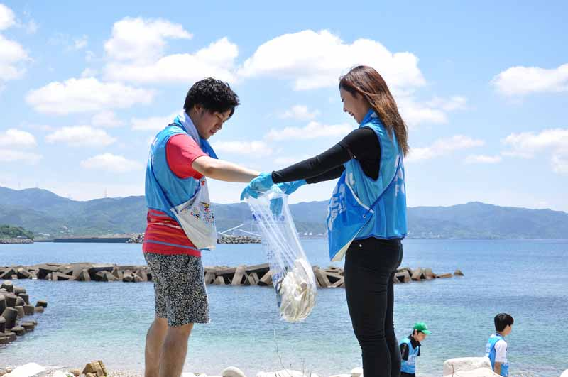 protect-the-side-of-the-environment-aqua-social-fes-total-number-of-participants-in-four-years-topped-40000-20150807-4