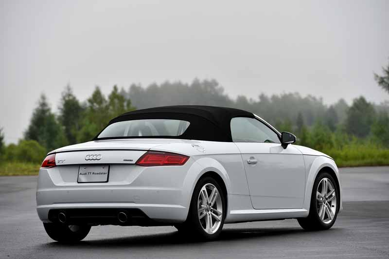 release-of-the-new-audi-tt-coupe-roadster-and-audi-tts20150820-11