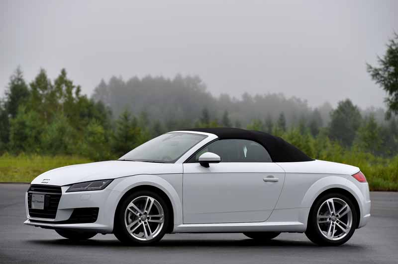 release-of-the-new-audi-tt-coupe-roadster-and-audi-tts20150820-13