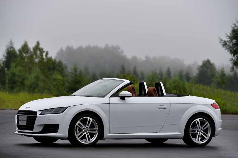 release-of-the-new-audi-tt-coupe-roadster-and-audi-tts20150820-14