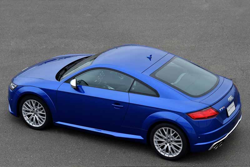 release-of-the-new-audi-tt-coupe-roadster-and-audi-tts20150820-4