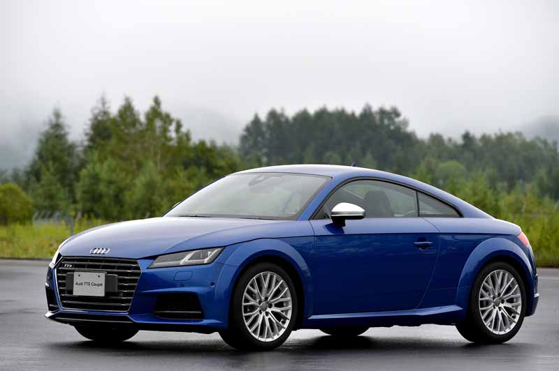 release-of-the-new-audi-tt-coupe-roadster-and-audi-tts20150820-6