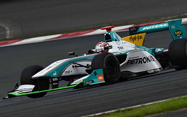 super-follower-muller-round-4-twin-ring-motegi-preview20150820-3