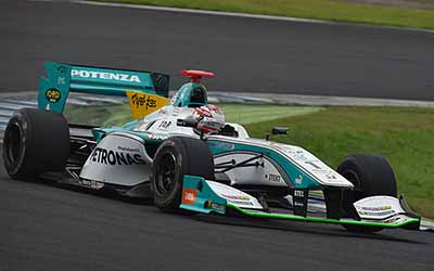 super-formula-round-4-twin-ring-motegi-qualifying-ishiura-hiroaki-is-the-second-time-this-season-pp20150823-5