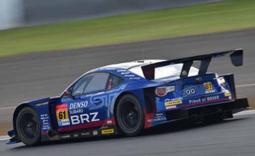 super-gt-is-second-half-of-the-season-rush-in-the-fifth-round-suzuka-somebody-win-in-the-intense-heat-of-1000km-battle20150824-7