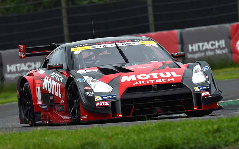 supergt-fifth-round-suzuka-motul-autech-gt-r-is-pp-acquired-in-reverse-course-record20150830-1