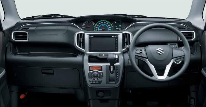 suzuki-the-new-solio-compact-hybrid-car-solio-bandit-sale20150826-5