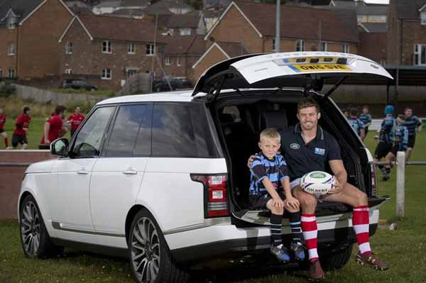 the-determined-land-rover-rugby-world-cup-2015-the-mascot-kids-of-the-japanese20150828-4