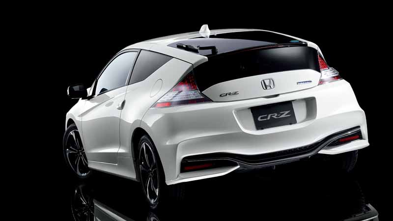 the-revamped-honda-the-tread-expansion-such-as-underbody-of-cr-z20150827-9