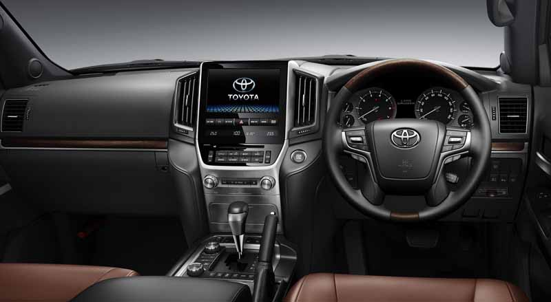 toyota-a-minor-change-toyota-safety-sense-p-first-adopted-land-cruiser20150817-12