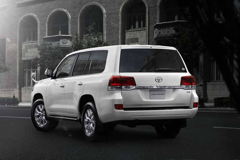 toyota-a-minor-change-toyota-safety-sense-p-first-adopted-land-cruiser20150817-9