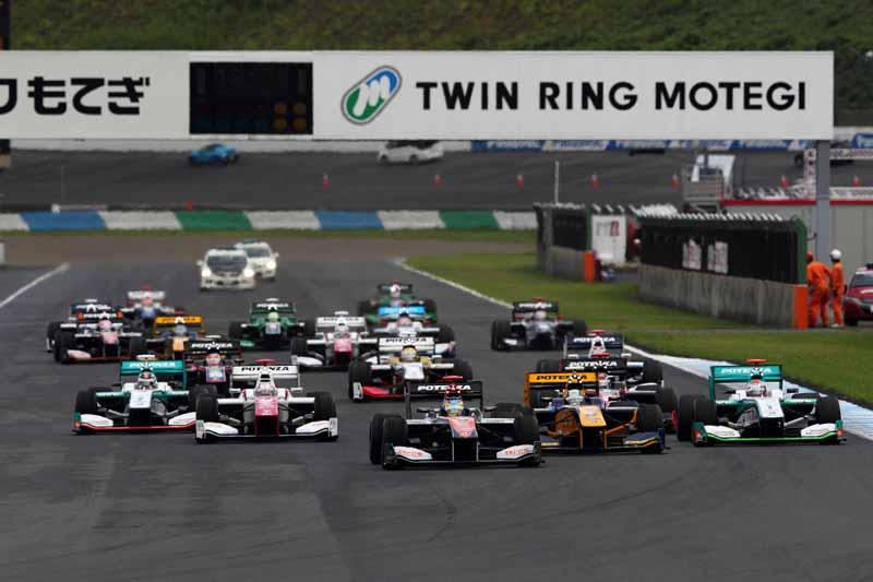 toyota-engine-podium-monopoly-in-the-fourth-round-super-formula20150824-2