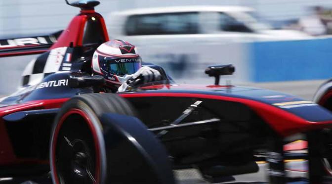 venturi-automobiles-formula-e-team-announced-the-villeneuve-acquisition-of-former-f1-champion20150809-3