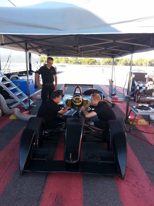 venturi-automobiles-formula-e-team-announced-the-villeneuve-acquisition-of-former-f1-champion20150809-6