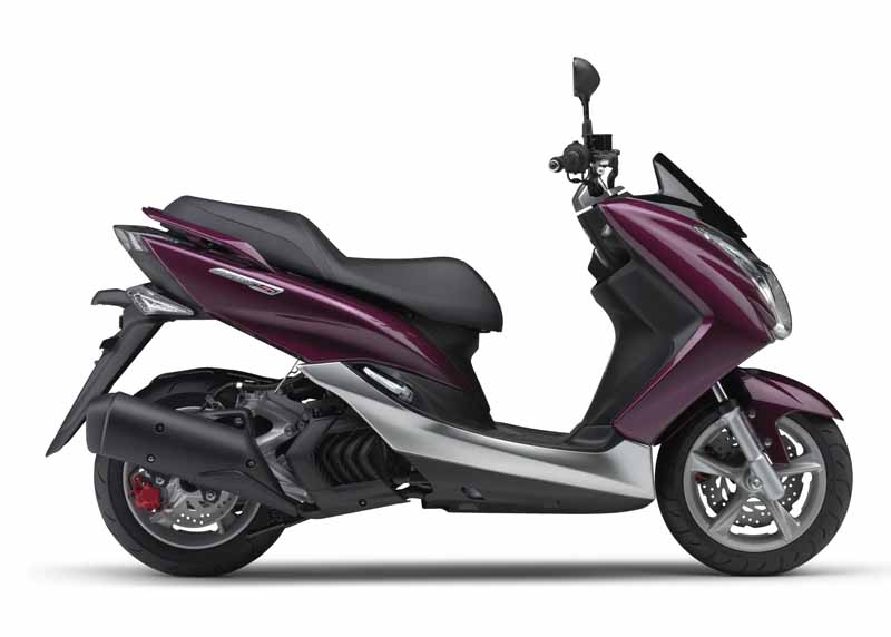 yamaha-sp-and-the-60th-anniversary-of-color-appearance-of-two-tone-paint-in-majesty-s-xc15520150805-14