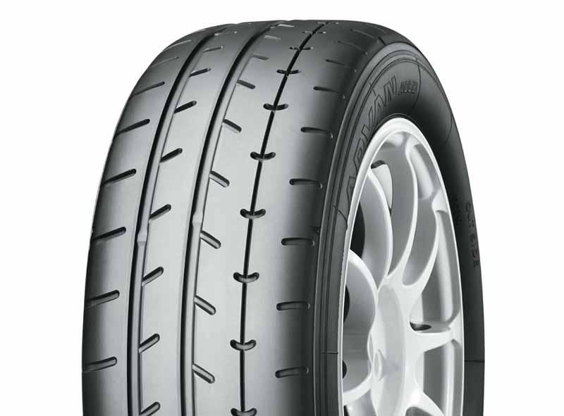 yokohama-tire-gazoo-racing-86-brz-race2-nenrenzokushirizuchanpionkakutoku20150828-3