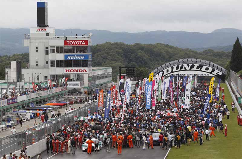 2015-or-super-gt-round-6-who-will-win-over-the-demon-of-sugo20150912-1
