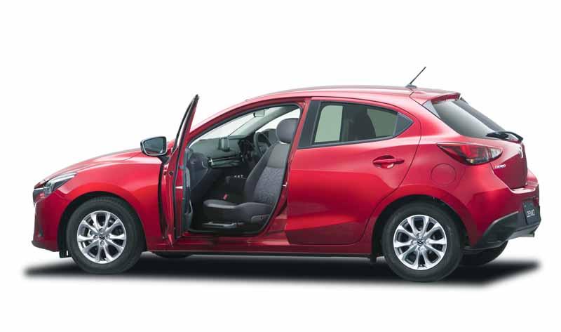 add-models-to-passenger-seat-rotation-seat-car-mazda-demio20150903-3