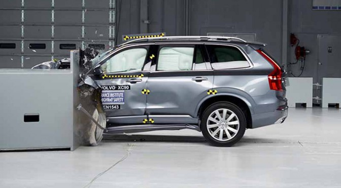 and-it-is-certified-to-top-safety-pick-from-the-volvo-xc90-iihs20150928-1
