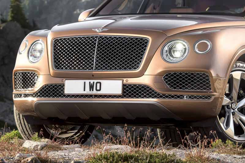 bentley-the-new-suv-to-sing-the-worlds-best-bentayga-announcement20150911-20