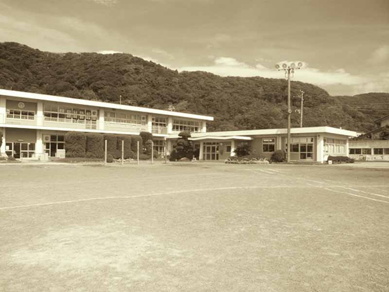 closed-school-is-to-base-to-foster-exchanges-of-rural-and-urban-road-station-yasuda-elementary-school-opened-december-1120150922-3