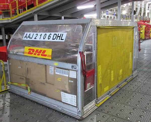 dhl-to-help-in-the-international-transportation-of-materials-to-rugby-world-cup-2015-0901-3