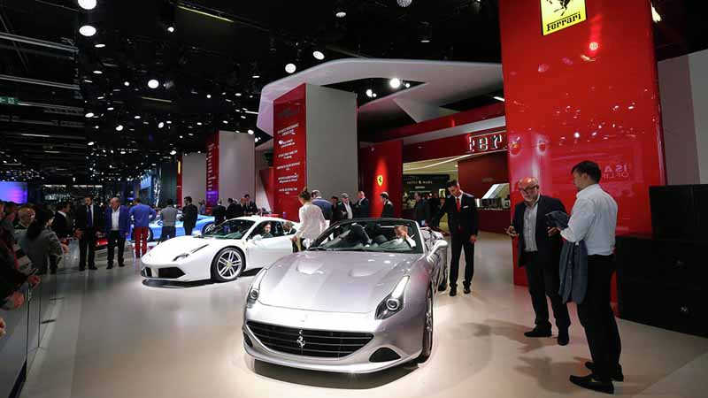 ferrari-tailor-made-california-t-exhibition-of-two-at-iaa20150918-12