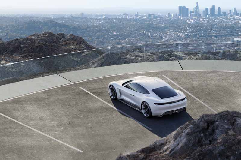four-seater-sports-mission-e-the-birth-of-the-full-electric-drives-first-porsche20150915-2