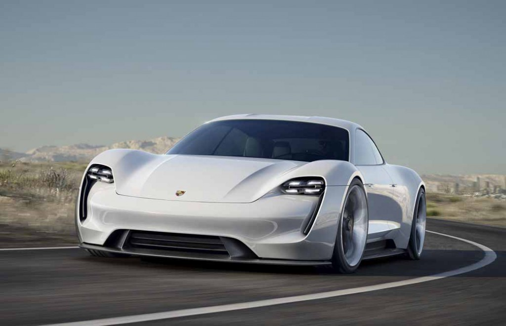 four-seater-sports-mission-e-the-birth-of-the-full-electric-drives-first-porsche20150915-9