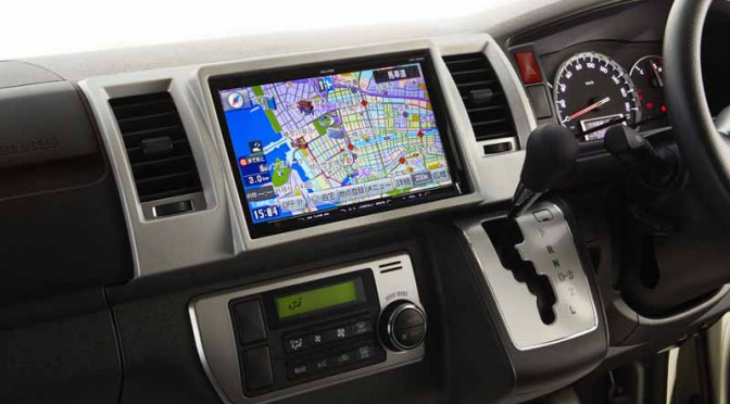fujitsu-ten-9-inch-toyota-hiace-large-screen-navigation-system-and-launched-a-dedicated-mounting-kit20150914-1