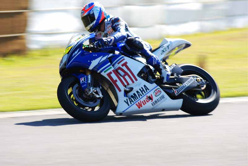 held-yamaha-history-vehicle-demonstration-run-meetings-and-tours-for-the-first-time-in-seven-years20150928-3