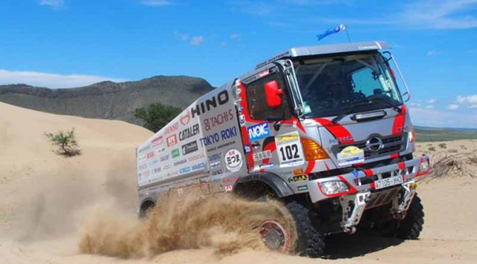 hino-the-first-race-in-china-silk-rally-20150902-6