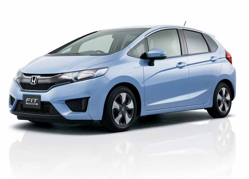 honda-fit-fit-enrich-the-change-and-comfortable-equipment-of-exterior-design20150917-2