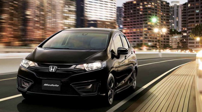 honda-fit-fit-enrich-the-change-and-comfortable-equipment-of-exterior-design20150917-3