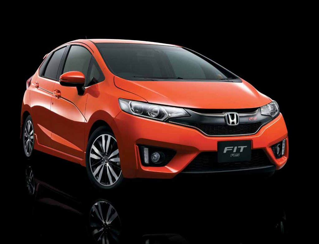 honda-fit-fit-enrich-the-change-and-comfortable-equipment-of-exterior-design20150917-4