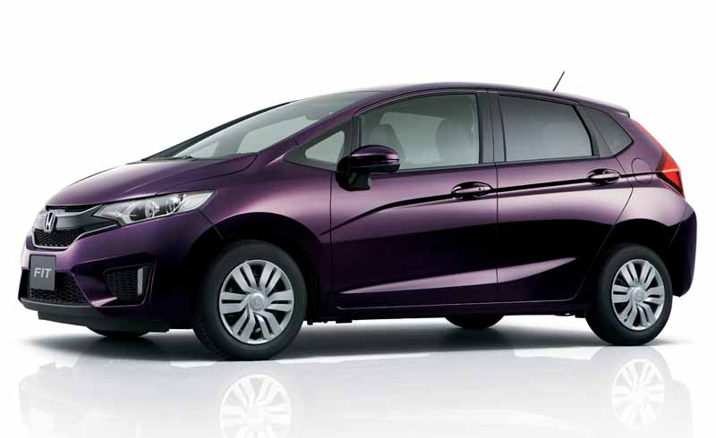 honda-fit-fit-enrich-the-change-and-comfortable-equipment-of-exterior-design20150917-5