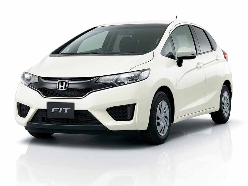 honda-fit-fit-enrich-the-change-and-comfortable-equipment-of-exterior-design20150917-6