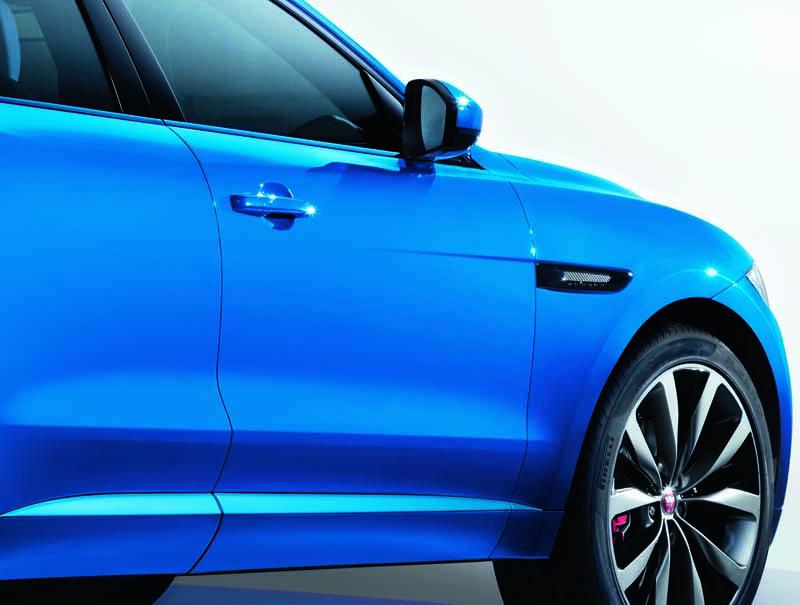 jaguar-f-pace-first-edition-the-world-2000-limited-release20150921-6