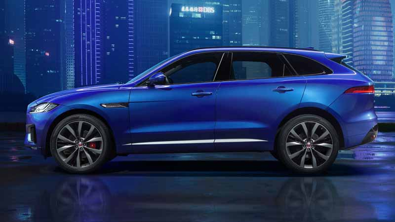 jaguars-first-sports-crossover-f-pace-is-the-worlds-first-public-event-914-20150910-1