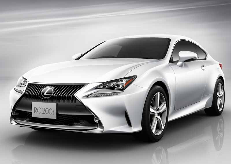 lexus-and-set-up-additional-rc200t-of-2-0l-direct-injection-turbo-engine-mounted-on-the-rc20150917-2