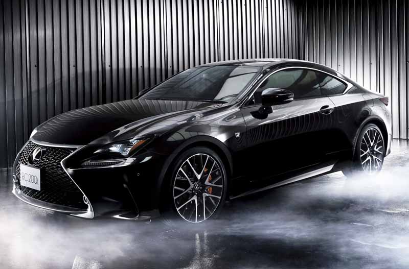 lexus-and-set-up-additional-rc200t-of-2-0l-direct-injection-turbo-engine-mounted-on-the-rc20150917-6