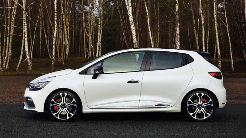 lutecia-rs-trophy-pre-order-the-start-of-the-special-paint-color-blanc-jivuru-nacres-mat20150922-1